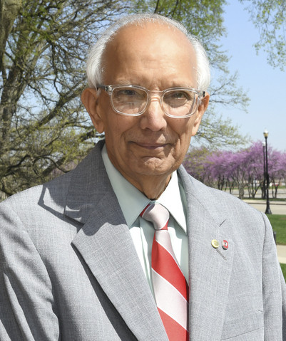 Dr. Ratan Lal- A renowned agricultural researcher of Indian origin, Dr. Ratan Lal recently received the prestigious 'World Food Prize'... | मातीचं ऋण - डॉ. रतन लाल
