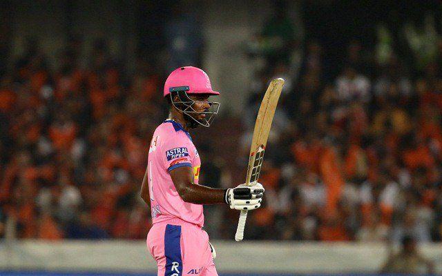 Without giving a single match, this player was given a dugout from the Indian team | एकही सामना न खेळवता 'या' खेळाडूला दिला भारतीय संघातून डच्चू