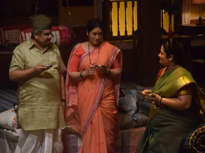 Will Anna stay true to his word and shave off his pride in Sony SAB's Bhakharwadi | 'भाकरवडी'मधील अण्णा त्यांचे भूषण असलेल्या मिशा कापण्याचे देतात वचन