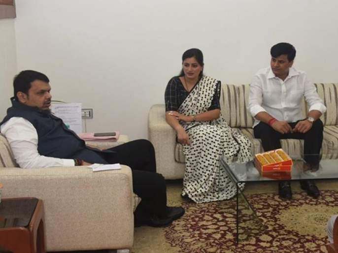 Rana couple wants alliance government in maharashtra | राणा दांपत्याला हवंय युतीचं सरकार ?