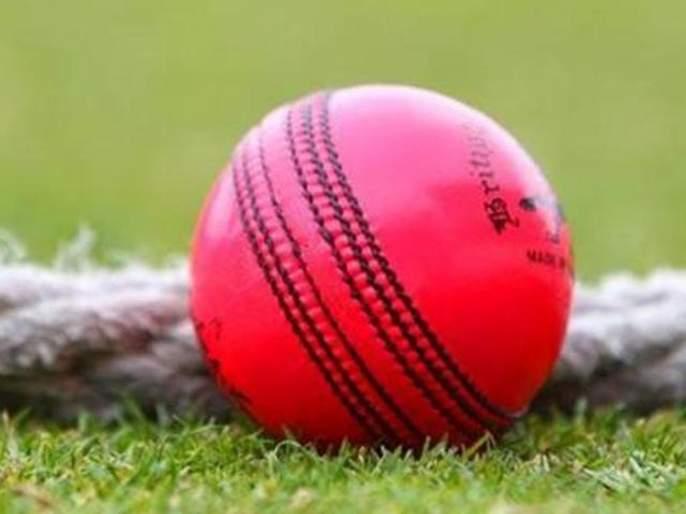 OMG...! what a first day-night test match craze? tickets sold in Black | बाबो...! डे-नाईट टेस्टची क्रेझ केवढी? चक्क ब्लॅकने तिकिटे मिळू लागली