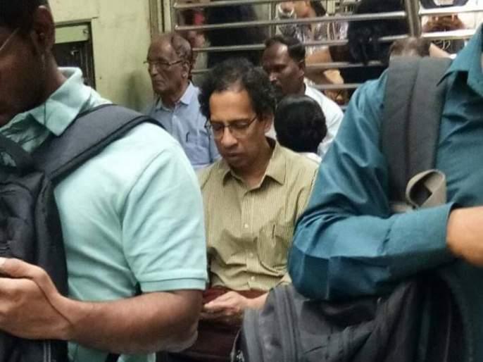 Social Viral : Uddhav Thackeray Travel by local train due to best strike | Social Viral: बेस्ट संपामुळे उद्धव ठाकरेंचा ट्रेनने प्रवास