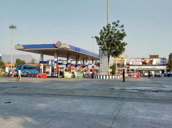 Bogus 'PUC' issued on Express Highway; Cheating on customer and RTO by petrol pumps owner | एक्स्प्रेस हायवेवर बोगस 'पीयुसी'चा विळखा; पेट्रोल पंपावरच होतेय फसवणूक