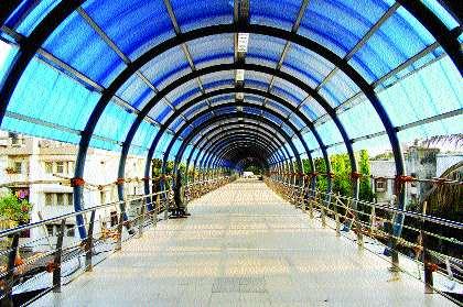 Plan of Ghatkopar, Andheri Stations completed in 30 days | घाटकोपर, अंधेरी स्थानकांचा आराखडा ३० दिवसांत पूर्ण