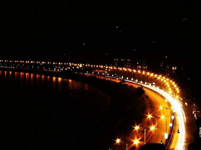 Shiv Sena breaks Rani's chain on Marine Lines for Coastal Road   कोस्टल रोडसाठी मरीन लाइन्सवरील राणीची माळ शिवसेनेने तोडली
