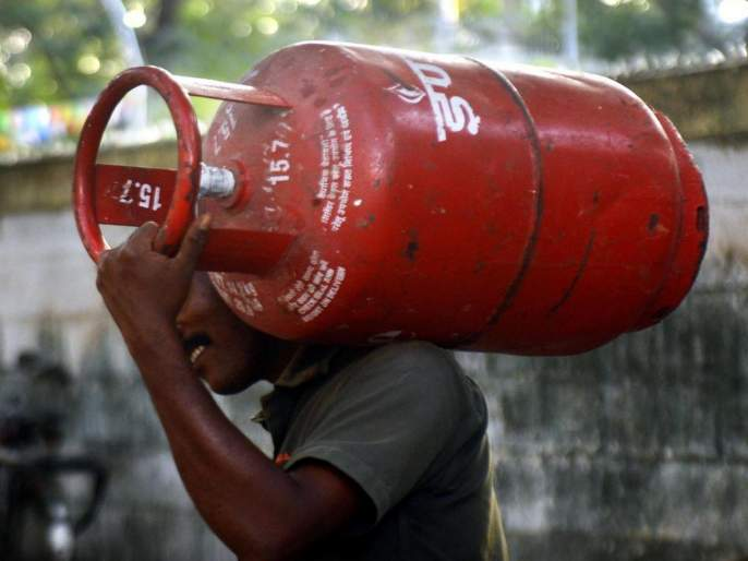Amazon Pay will give cashback of 50 rs for Gas cylinders booking; see how   गॅस सिलिंडर मिळणार 50 रुपयांनी स्वस्त; असे करा Online बुकिंग