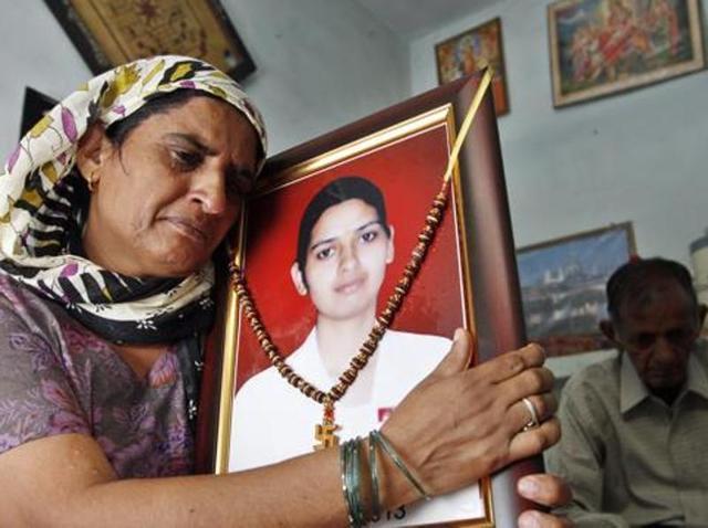 Preity Rathi's death sentence is canceled by the High Court | प्रीती राठीच्या खुन्याची फाशी हायकोर्टाकडून अपिलात रद्द