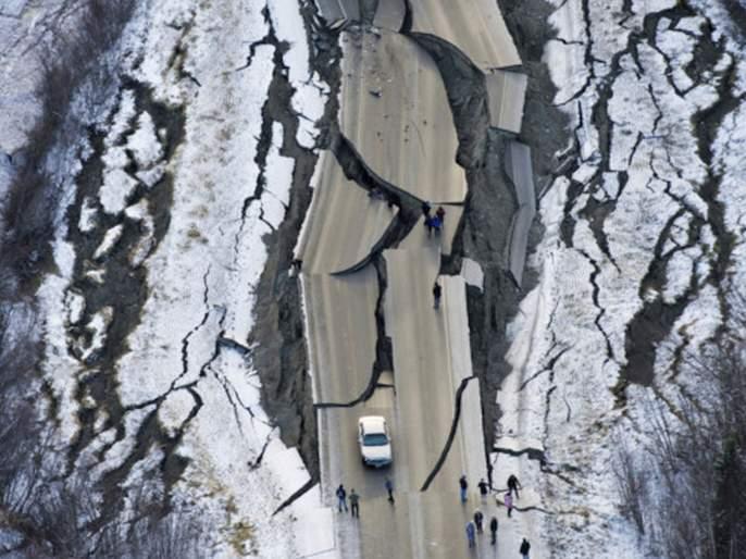 devastating earthquake may hit india by the end of 2020 | २०२० च्या अखेरपर्यंत भारतात भयानक भूकंप होणार; वैज्ञानिकांकडून धोक्याचा इशारा