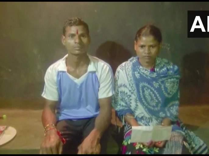 Naxal carrying reward of Rs 8 lakhs head surrendered on RakshaBandhan his sister's appeal | Raksha Bandhan: दादा, तू परत ये! बहिणीच्या भावूक आवाहनानंतर नक्षली भावाचं आत्मसमर्पण; ८ लाखांचं होतं बक्षीस