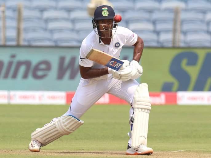 India vs South Africa, 2nd Test: Due to bad light, day game stopped, India is 273 for 3 | India vs South Africa, 2nd Test : अंधुक प्रकाशामुळे पहिल्या दिवसाचा खेळ थांबवला, भारत 3 बाद 273