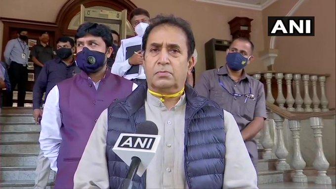 Home Minister Anil Deshmukh question on CBI Sushant Singh Rajput investigation | सुशांत सिंह राजपूतच्या तपासावरुन गृहमंत्री अनिल देशमुखांचा टोला; सीबीआयनंही दिलं उत्तर