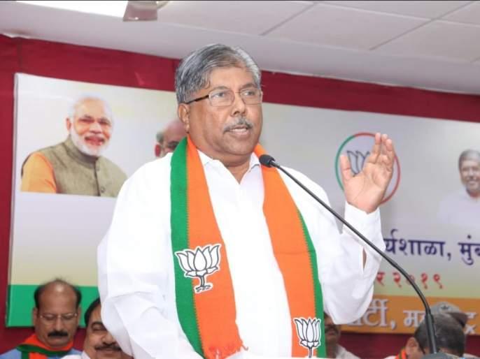 Farmers need to pay extra help and crop insurance; BJP demands Governor | शेतकऱ्यांना अधिकची मदत तसेच पीकविम्याचे पैसे द्यावेत; भाजपाने राज्यपालांना केली मागणी