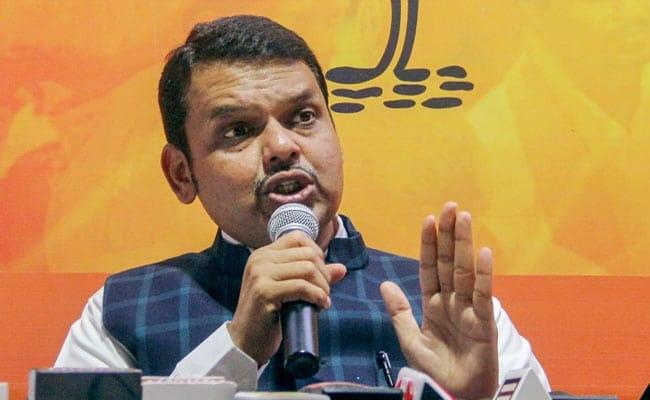 Devendra Fadnavis's reaction to Eknath Khadse's resignation in one sentence | Eknath Khadse: एकनाथ खडसेंच्या राजीनाम्यावर फडणवीसांची थोडक्यात प्रतिक्रिया