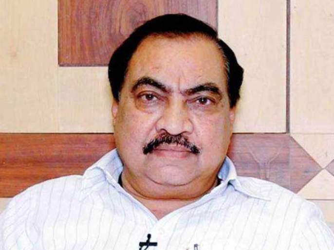 13 bjp corporator of bhusawal municipal council joins NCP in presence of eknath khadse   भाजपला मोठा धक्का! खडसेंच्या पुढाकाराने १३ नगरसेवकांचा राष्ट्रवादीत प्रवेश