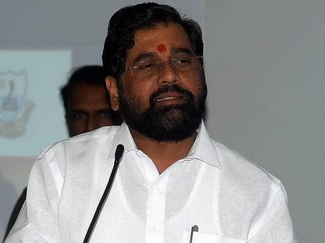 Maharashtra elections 2019: 'Uddhav Thackeray asserts as CM; Make the right decision at the right time Says Eknath Shinde | महाराष्ट्र निवडणूक २०१९: 'उद्धव ठाकरे मुख्यमंत्रिपदावर ठाम; योग्य वेळी योग्य निर्णय घेणार'
