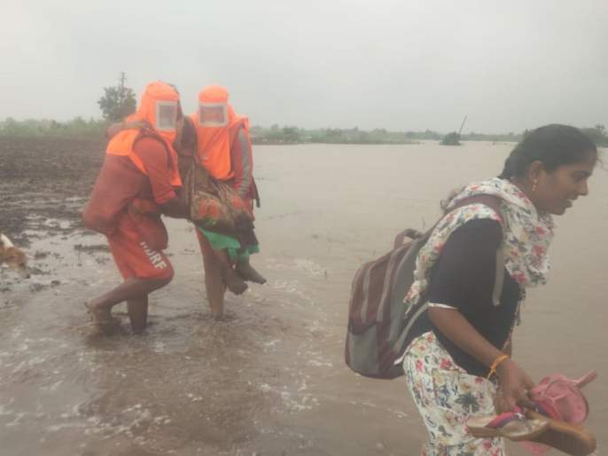 Rain Update: Heavy rains hit the state, 14 killed, kharif crops destroyed; Troops on high alert! | Rain Update:राज्यावर आभाळ कोसळले,चौदा जणांचा बळी, खरीप पिके मातीमोल;सैन्यदले 'हाय अलर्ट'वर!