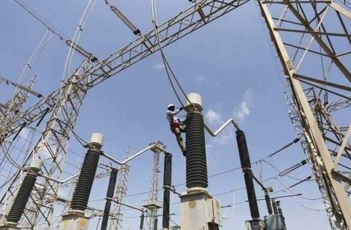 In Heavy heat wave affect electricity : Gorewada Substation Seven Feeder not work | भीषण उष्णतेत विजेचा फटका : गोरेवाडा सबस्टेशनचे सात फिडर खराब