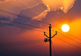 There is no electricity even at night; MSEDCL's technical failure is rooted in farmers | रात्रीही नसते वीज; महावितरणचा तांत्रिक बिघाड उठला शेतकऱ्यांच्या मुळावर