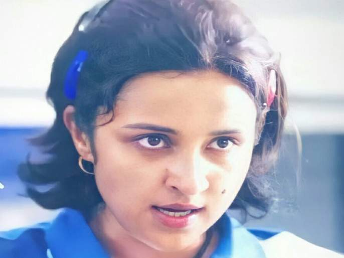 Parineeti Chopra's hard work for Saina Nehwal biopic, difficult to identify in viral photo   सायना नेहवाल बायोपिकसाठी परिणीती चोप्राने घेतले कठोर परिश्रम, व्हायरल फोटोत ओळखणं झालंय कठीण