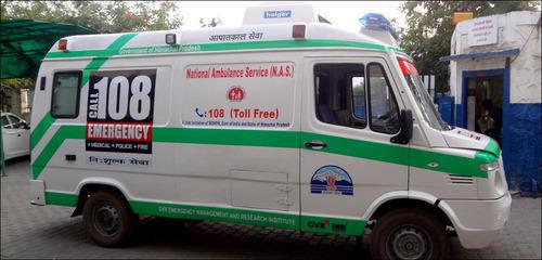 ambulance service employee expelled   महिलेच्या मृत्यूप्रकरणी रुग्णसेविका कर्मचारी बडतर्फ