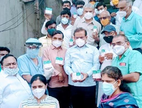 Rajesh Tope : Promptness of Health Minister, supply of 10 thousand Remadesivir to Jalna district | Rajesh Tope : आरोग्यमंत्र्यांची तत्परता, जालना जिल्ह्याला 10 हजार रेमडेसिवीरचा पुरवठा