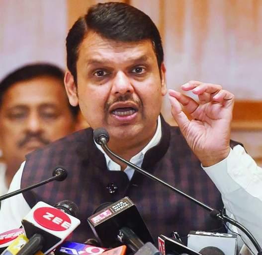 Phones of BJP leaders tapped from Madhya Pradesh: Devendra Fadnavis accused | मध्य प्रदेशातून भाजप नेत्यांचे फोन 'टॅप' झाले : देवेंद्र फडणवीसांचा आरोप