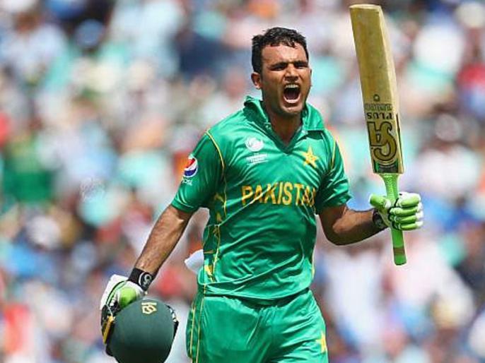 World Cup 2019: Pakistan's World Cup team announcement, named bowler out of the team | वर्ल्ड कप 2019: पाकिस्तानच्या संघाची घोषणा, नावाजलेला गोलंदाज संघाबाहेर