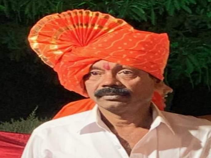 55 year-old farmer tried suicide in the Khed Tehsildar office   खेड तहसिलदार कार्यालयात ५५ वर्षीय शेतकऱ्याचा आत्महत्येचा प्रयत्न