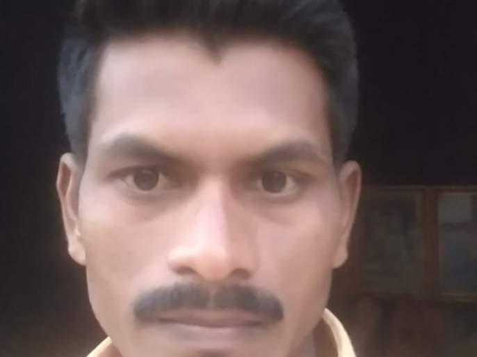 farmer son commit suside at Sindkhed | सिंदखेड येथे शेतकरी पुत्राची गळफास घेऊन आत्महत्या