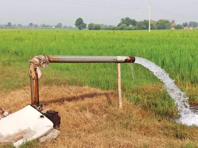 Gaudbangal for the permission of water;   पाणी परवानगीचे गौडबंगाल, ५७९ शेतकऱ्यांचे अर्ज धूळखात