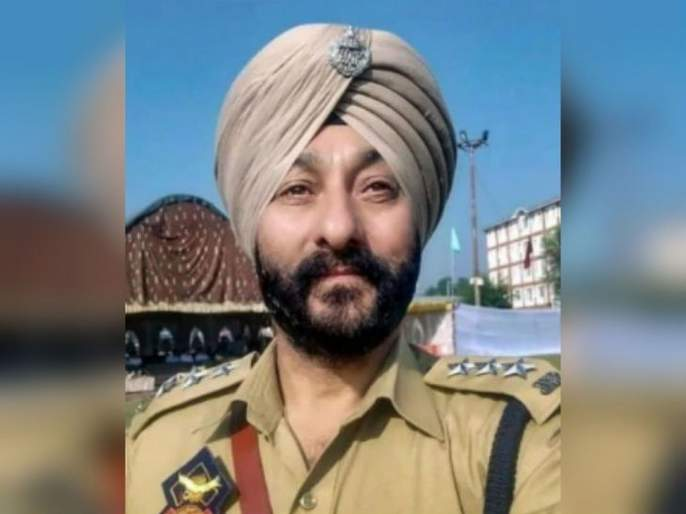 Presidential Medal Winner of Police Officer Who transport terrorists; Millions of rupees seized   दहशतवाद्यांची ने-आण करणारा पोलीस अधिकारी राष्ट्रपती पदक विजेता; लाखो रुपये उकळले