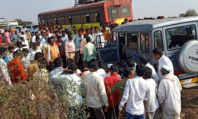 ST bus - Jeep face-to-face collision; Four people died on the spot | एसटी बस - जीपची समोरासमोर धडक; पाच जण ठार, सहा जण जखमी