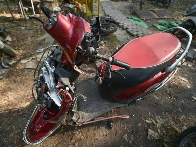 three Minor Killed in Scooter Accident at delhi gate; Parents, vehicle owners will be charged   स्कूटर अपघातात अल्पवयीनांचा मृत्यू; पालक, वाहन मालकावर गुन्हा दाखल होणार