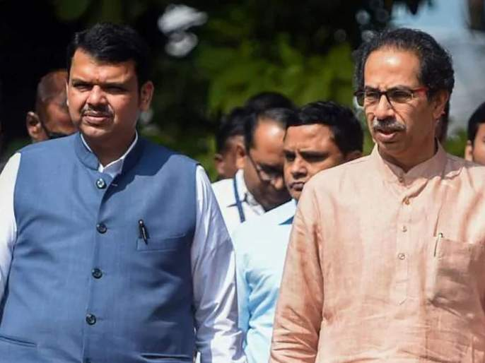 Devendra Fadnavis was not available, otherwise Lockdown decision would have been taken yesterday: Uddhav Thackeray   Lockdown: देवेंद्र फडणवीस नव्हते, नाहीतर कालच निर्णय झाला असता; उद्धव ठाकरेंचे बैठकीत वक्तव्य