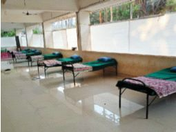 Now the village segregation room in the village school | आता गावांतील शाळेत ग्राम विलगीकरण कक्ष
