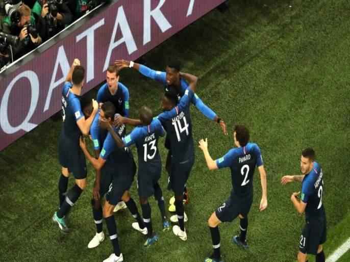 Fifa World Cup 2018: This Record in the World Cup will surprise you   Fifa football World Cup 2018 : तर्क-वितर्कांना चपराक, विश्वचषकातील हे विक्रम तुम्हाला अचंबित करतील