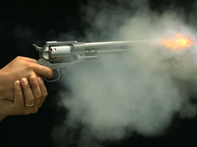Oshiwara murder: father shot dead by father | ओशिवरा हत्या प्रकरणात वडिलांनीच झाडली मुलावर गोळी