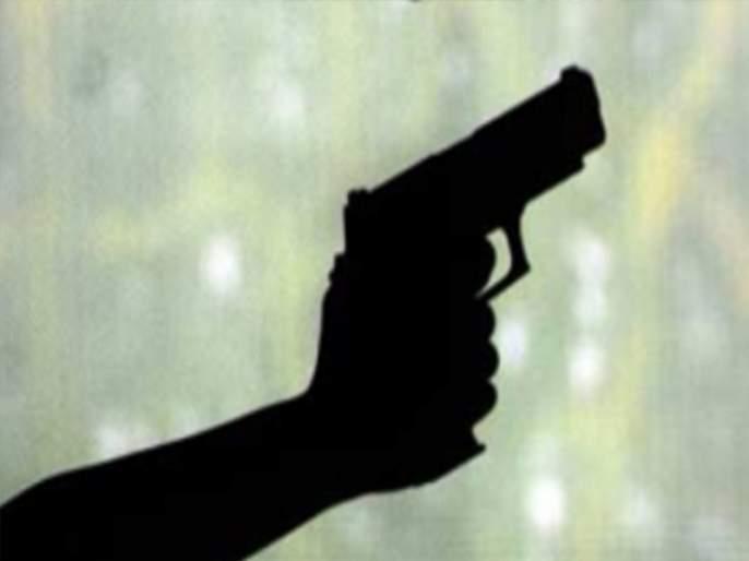Shooting in Chalisgaon, one injured, blockade in the city | चाळीसगावात गोळीबार, एक जण जखमी, शहरात नाकाबंदी