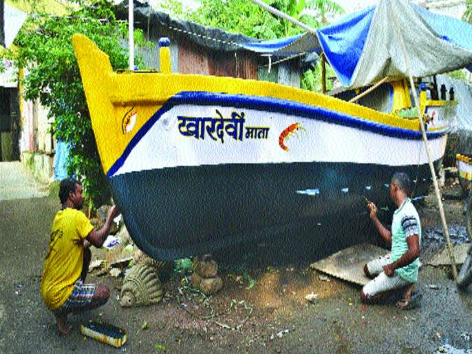 Fishermen ready for Narali purnima in Mumbai | दर्याराजा सांभाळ कर, व्यवसायाला भरभराट दे, नारळी पौर्णिमेसाठी कोळीवाडे झाले सज्ज