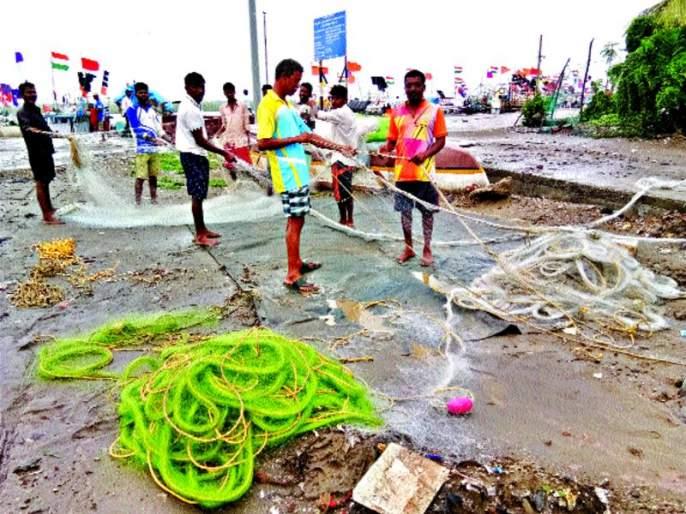 Fishermen will get diesel return soon   मच्छीमारांना लवकरच मिळणार डिझेल परतावा