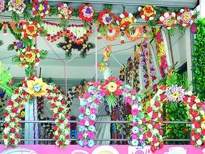 Bappa steps to Ratnagiri market, Kotikote flights   रत्नागिरी बाजारपेठेला बाप्पा पावले, कोटीकोटी उड्डाणे