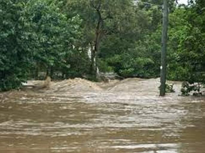 Five dead in Buldana district during early rains | अवकाळी पावसादरम्यान बुलडाणा जिल्ह्यात पाच जणांचा मृत्यू