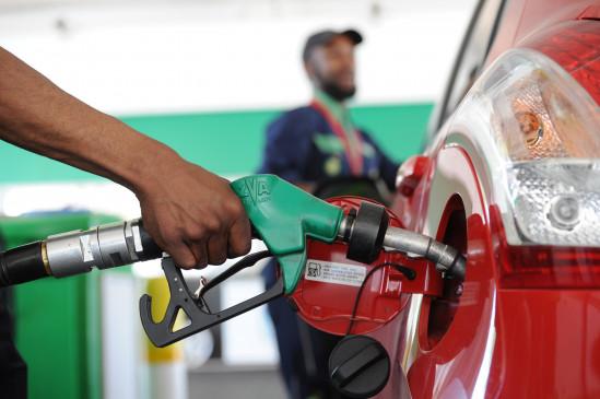 finance ministry look for excise duty cut to reduce fuel prices says sources in a report | पेट्रोल-डिझेल लवकरच स्वस्त होऊ शकते? मोदी सरकार उत्पादन शुल्क कमी करण्याच्या विचारात - रिपोर्ट