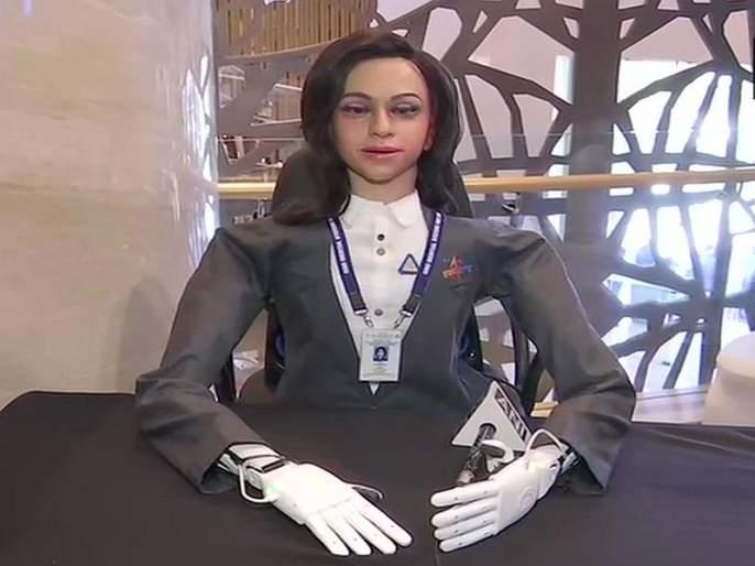 ISRO's prototype humanoid for Gaganyaan mission is Vyom Mitra which will go to space before astronauts | अवकाशात जाणाऱ्या 'व्योममित्रा'ची झलक; गगनयान मिशनमध्ये बजावणार महत्त्वाची भूमिका
