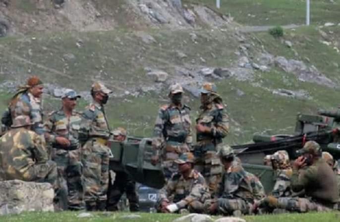 Soldiers on both sides will retreat 2 km; Sixth round of India-China military talks begins | दोन्हीकडील सैनिक २ किमी मागे हटणार; भारत-चीनमध्ये लष्करी स्तरावर चर्चेची सहावी फेरी सुरू