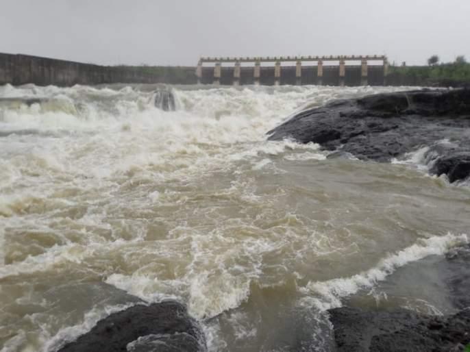 Gangapur dam 99 percent full; Nashik residents' worries about water are gone | गंगापूर धरण 99 टक्के भरले; नाशिककरांची पाण्याची चिंता मिटली