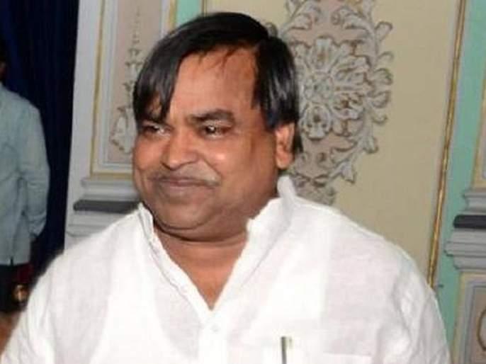 CBI raids at Samajwadi Party leader's house in connection with the mining scam | खाण घोटाळ्याप्रकरणी समाजवादी पार्टी नेत्याच्या घरावर सीबीआयचा छापा