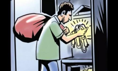 robbery at chikhli | घरफोडी करून पाऊण लाखांचा ऐवज लंपास ; चिखली येथील घटना