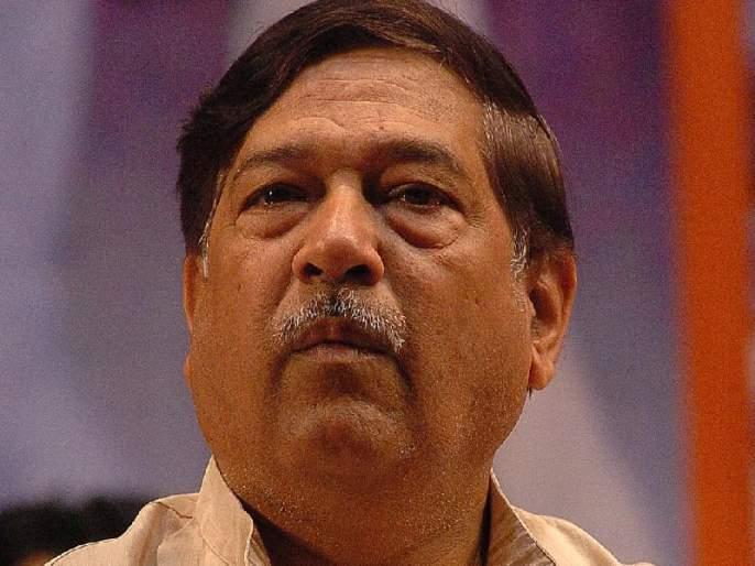 Cabinet minister Girish Bapat's 'service quarter fire' | अन्न आणि नागरी पुरवठामंत्री गिरीश बापट यांच्या 'बंगल्यातील सर्व्हंट क्वार्टरला आग'
