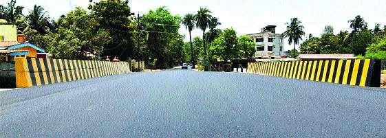 Borida's hoax pool traffic opened | बोर्र्डीचा खुटखाडी पूल वाहतुकीला खुला